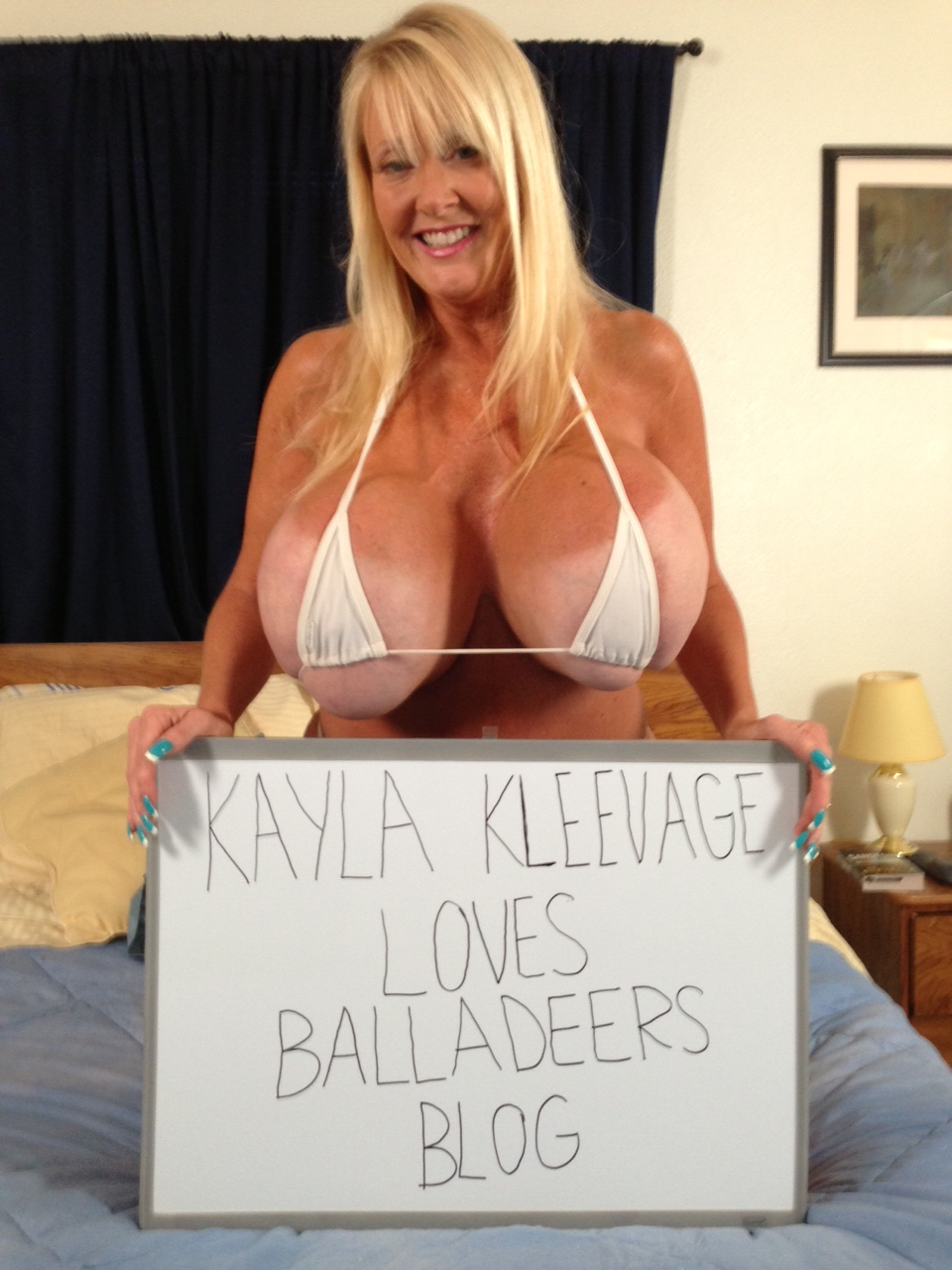 Kayla Kupcakes Nude Photos 30
