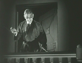 Lon Chaney as the mad scientist Dr Ziska in The Monster.