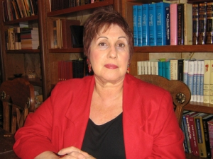 Dr Phyllis Chesler