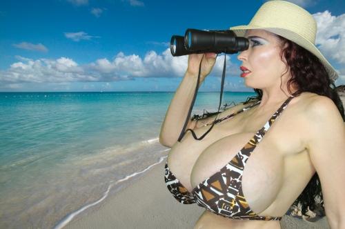 Teddi Barrett, the Sexiest Woman Alive who graciously models as Edward Wozniak's Mordillo Blush.