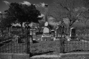 Maldoror 5 6 graveyard