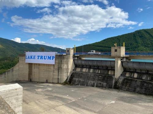 Lake Trump