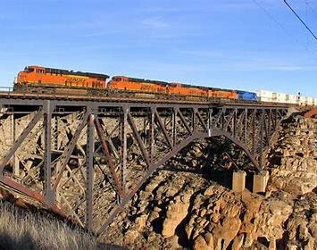 railroad over canyon diablo